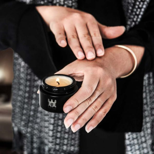 woo travel candle black small